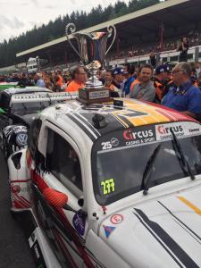 Cédric et son équipe gagnent les 25h VW Fun Cup